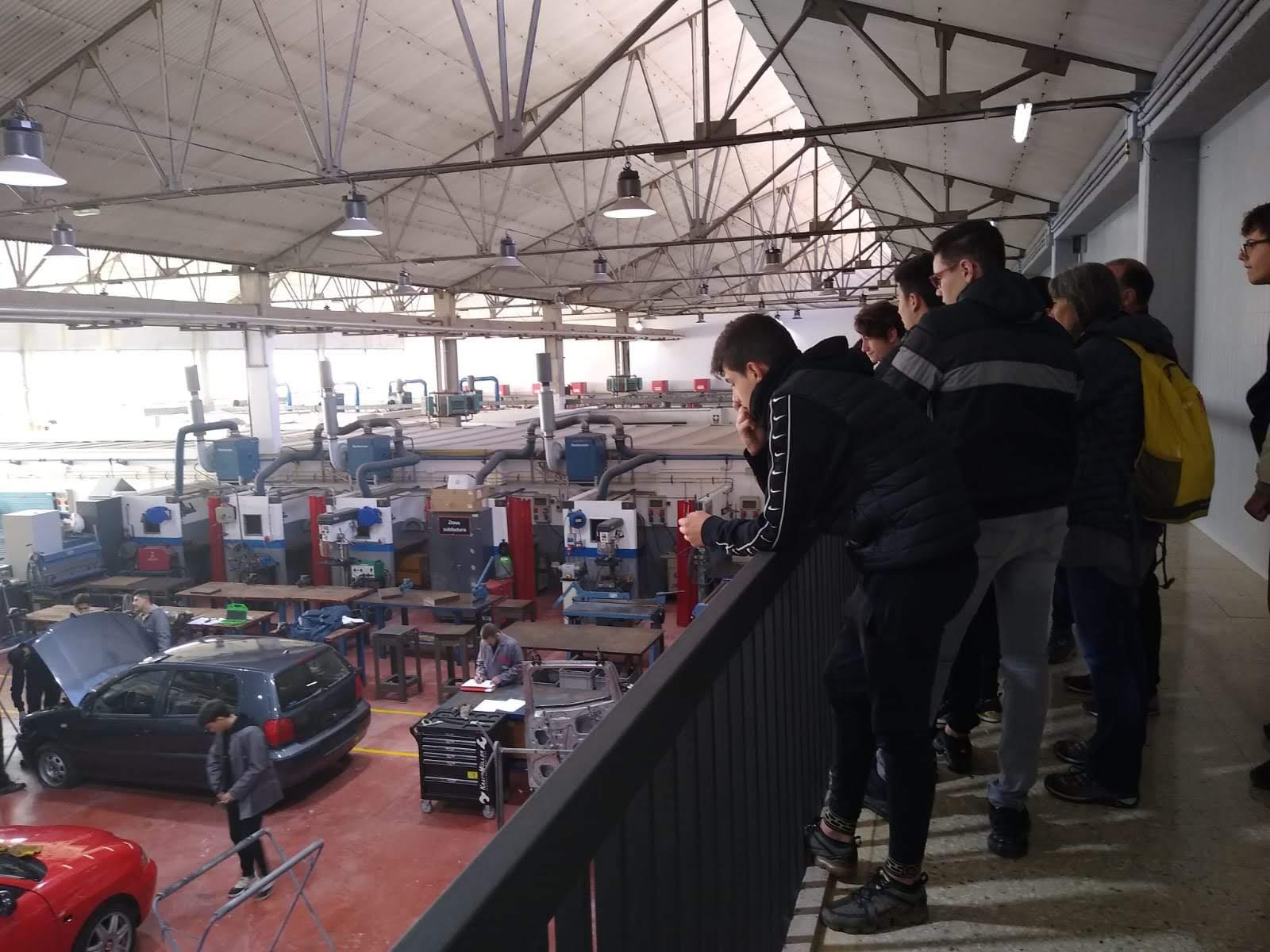 Visita d'alumnes de 4t d'ESO de l'Institut Maria Espinalt