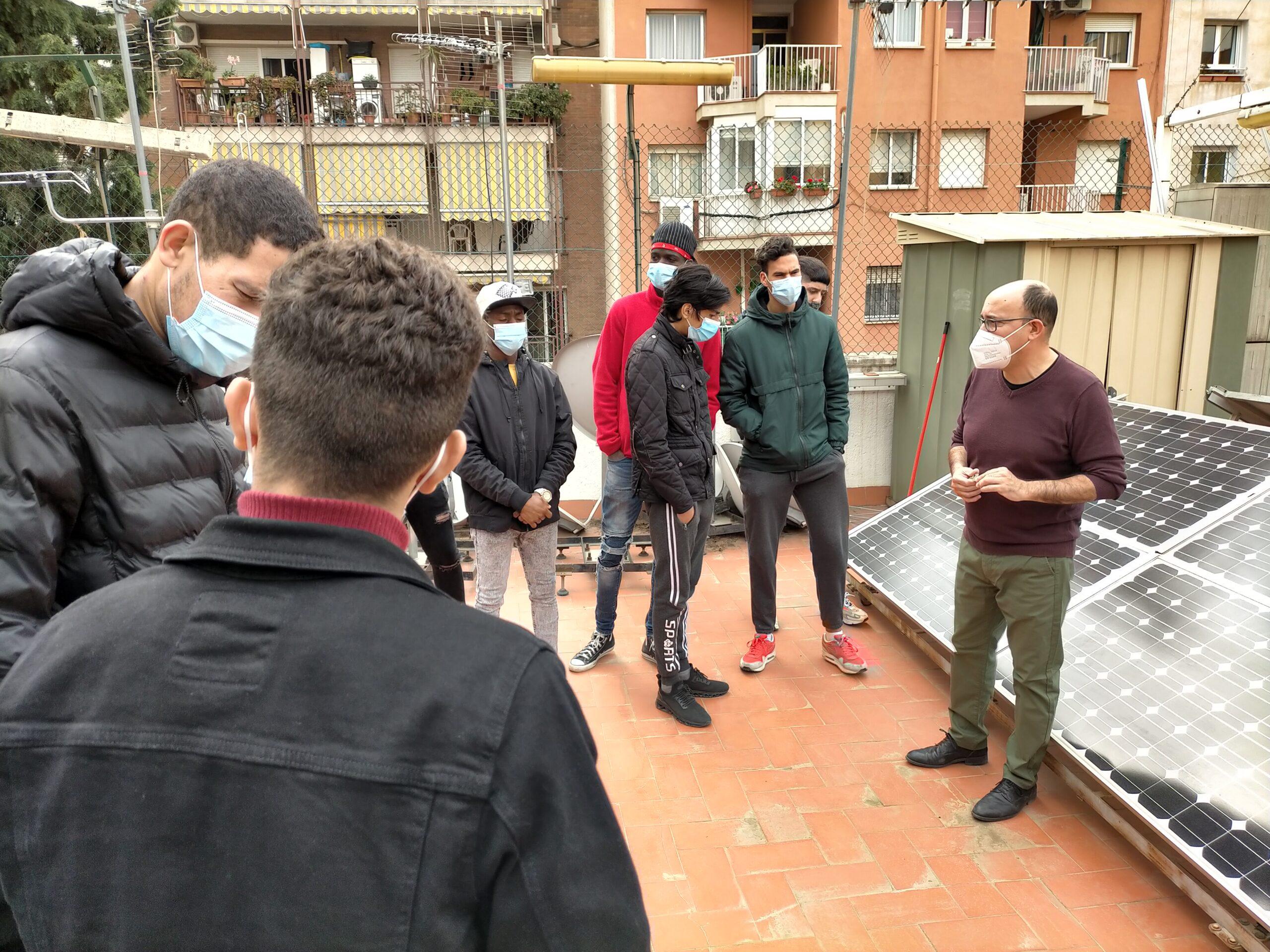 Els alumnes de PFI visiten l'Escola gremial d'instal·ladors d'electricitat i fontaneria de Barcelona